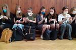 Studenti sami rozhodnou, který test na covid je jim nejpříjemnější