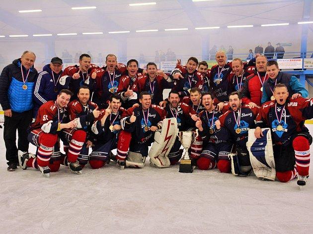 Hokejisté Slavoje Liberec vyhráli krajský přebor 2016/17