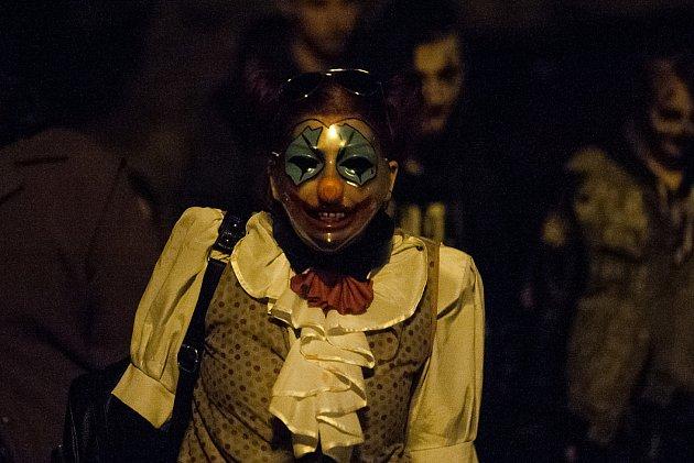 Pochod vmaskách Zombie Walk proběhl 2.listopadu vLiberci.