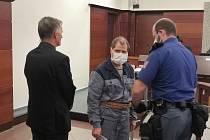 Obžalovaný Tudor Beschieri u Krajského soudu v Liberci.