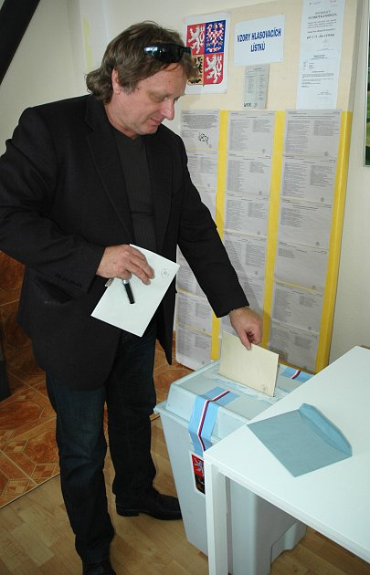 Volební místnost vobci Luka na Českolipsku.