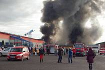 Požár v továrně AGBA v Turnově.