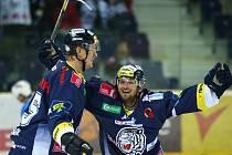 Radost. Tomáš Bulík (vpravo) v Liberci ve dvou zápasech nepoznal hořkost porážky