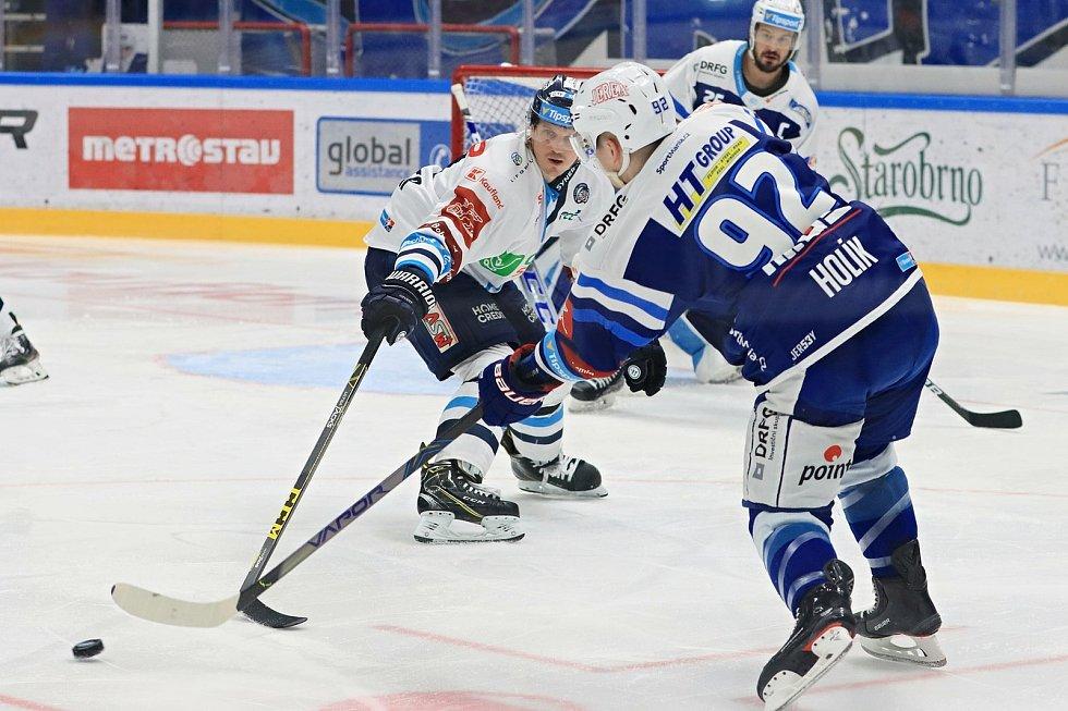 Brněnští hokejisté (v modrém) v utkání 48. kola české extraligy zdolali na domácím ledě Liberec.