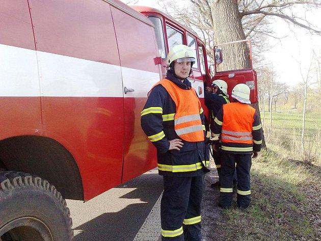 Nejvíc práce dala dobrovolným hasičům z Krásné Studánky letos srpnová vichřice, která kácela stromy na Liberecku a jejíž následky likvidoval sbor 2 dny.
