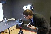 Na snímku animační ateliér a učitel Ondřej Mašek, který kurzy animace vede.