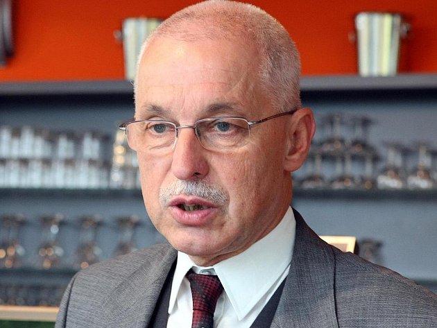 Bývalý rektor TUL Vojtěch Konopa.