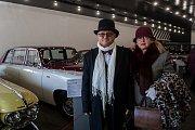 """Nový pavilon """"Království automobilů"""". Tentokrát si přijdou na své skuteční automobiloví labužníci, patnáct automobilů od roku výroby 1906 až do roku 1987 zavede návštěvníky do pomyslných nejvyšších pater automobilového luxusu."""