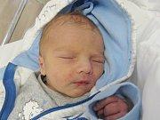 JAKUB SLAVÍK Narodil se 22. června v liberecké porodnici mamince Ivaně Farské z Raspenavy. Vážil 3,00 kg a měřil 49 cm