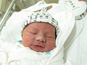 ATTILA VIG  Narodil se 4. ledna v liberecké porodnici mamince Evě Mendyszewské z Jindřichovic pod Smrkem. Vážil 3,05 kg a měřil 49 cm.