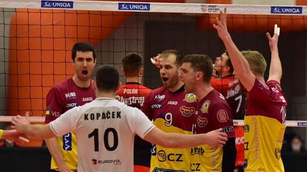 Volejbalisté Liberce slaví triumf v Českém poháru.