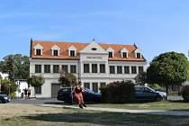 Vizualizace možné podoby nového obecního domu na Bergerově náměstí ve Stráži nad Nisou.