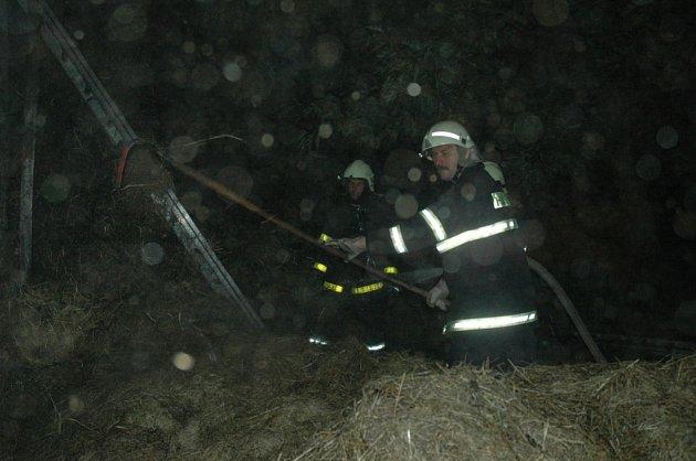 Požár chalupy v Albrechticích u Frýdlantu.