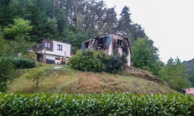 Rodinný dům vKacanovech zachvátily plameny