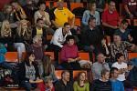 Utkání 6. kola volejbalové UNIQA Extraligy se odehrálo 4. listopadu v Liberci. Utkaly se celky VK Dukla Liberec a VK Ostrava. Na snímku jsou fanoušci Liberce.