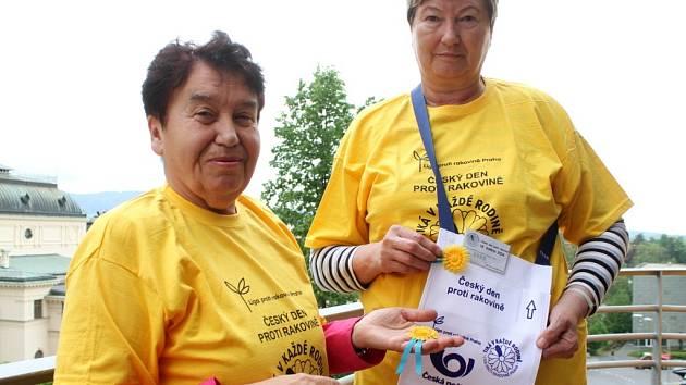 DOBROVOLNICE. Marie Plischková a Květa Kostková pracují na osvětě dobrovolně už několik let.