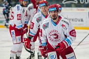 Utkání 45. kola Tipsport extraligy ledního hokeje se odehrálo 30. ledna v liberecké Home Credit areně. Utkaly se celky Bílí Tygři Liberec a HC Oceláři Třinec. Na snímku vpravo Milan Mikulík.