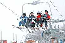 Areál na Javorníku znovu zaplnili na Silvestra lyžaři.