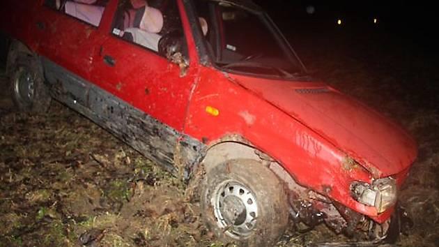 OPILEC od nehody ujel. Daleko  však nedojel.