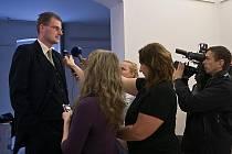 Lídr hnutí Liberec občanům Jiří Šolc oznámil včera dopoledne novinářům, že jeho sdružení odešlo z koaličních vyjednávání o nové vládě na liberecké radnici.