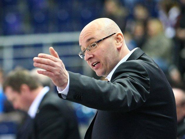 Trenér Pavel Hynek.