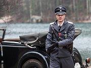 TENKRÁT V RÁJI. VAVŘINEC HRADILEK a Petr Šmíd v novém českém filmu. Zahrál si v něm i Jan Budař nebo Ondřej Havelka.