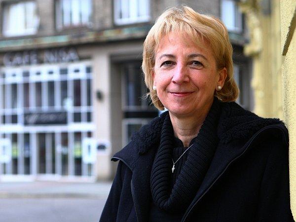 KANDIDÁTKA. Eva Bartoňová si už působení ve vedení Libereckého kraje vyzkoušela, a to hned po jeho vzniku. Nyní chce vtéto práci pokračovat.