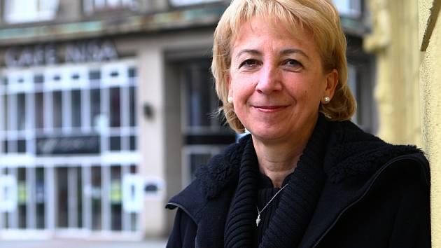 KANDIDÁTKA. Eva Bartoňová si už působení ve vedení Libereckého kraje vyzkoušela, a to hned po jeho vzniku. Nyní chce v této práci pokračovat.