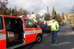 Hasiči se v Libereckém kraji zapojili do rozvozu dezinfekce a ochranných pomůcek