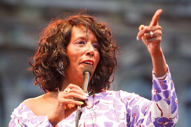 Koncert TUCK & PATTI vrámci jazzového festivalu Bohemia JazzFest na libereckém náměstí. Na snímku Patricia 'Patti' Cathcart Andress.