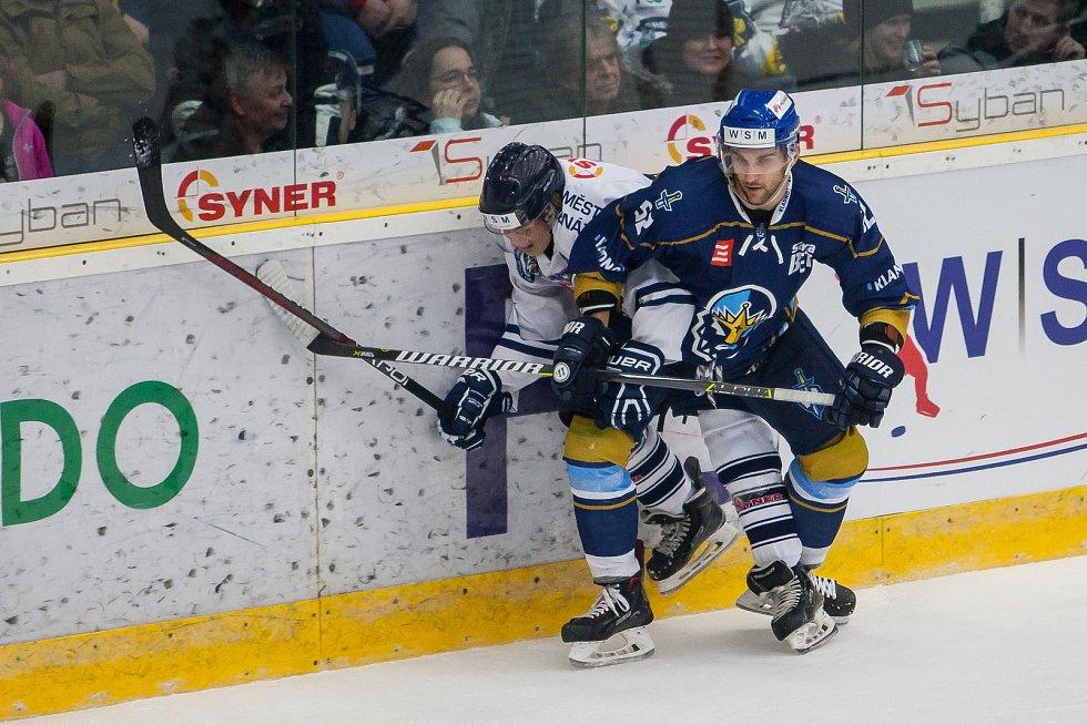 Utkání 46. kola WSM ligy ledního hokeje se odehrálo 3. února v liberecké Home Credit areně. Utkaly se celky HC Benátky nad Jizerou a Rytíři Kladno. Na snímku vpravo je Petr Štindl.