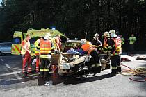 K nehodě došlo před 11. hodinou na komunikaci I/13 u odbočky na Dětřichov.
