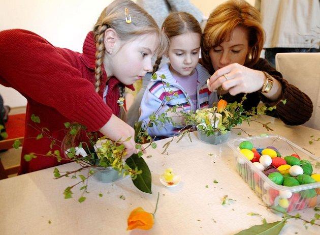 Tradiční výtvarné dílny pořádá galerie také na Velikonoce.