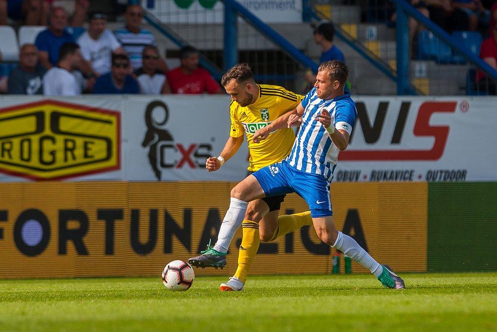 FC Slovan Liberec - MFK Karviná. Na snímku vpravo Radim Breite.