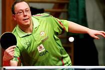 JOSEF MEDEK. Liberecký tenista měl v letošní extralize úspěšnost 16.67%.