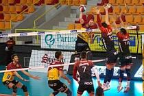 Volejbalisté Liberce doma podlehli Českým Budějovicím 0:3 a ztrácí v sérii už dva zápasy.