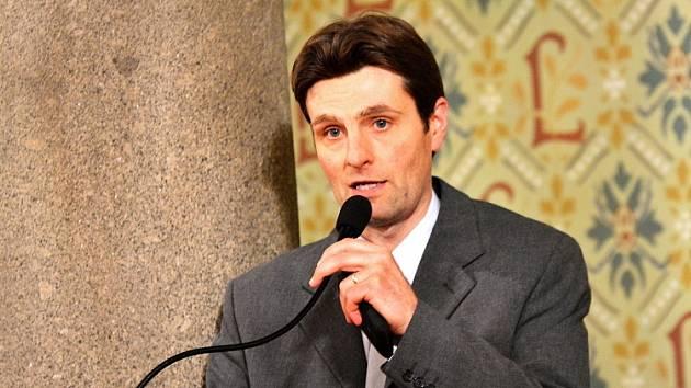 Náměstek primátora pro školství, kulturu, sociální věci a cestovní ruch - Ivan Langr (Změna pro Liberec).