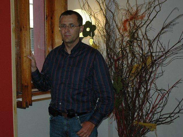 PREZIDENT OV MS 2009 ROMAN KUMPOŠT. Ministerstvo pozdrželo sedmisetmilionovou dotaci, aby dosáhlo odvolání Romana Kumpošta a dosazení dvou členů do organizačního výboru.