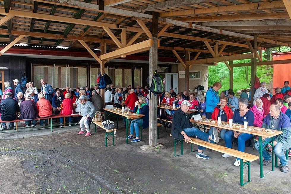 Senioři ve Frýdlantu sehráli turnaji v pétanque.