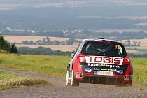 PREMIÉROVÁ SEZONA s Renaultem Clio R3 zatím vychází frýdlantské posádce na jedničku.