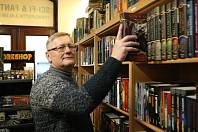 Vladimír Blažek v knihkupectví Svět Jotunheim.