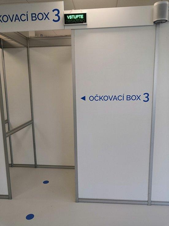 Očkovací centrum v budově D Krajského úřadu Libereckého kraje.