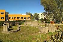 Omylem zbourali výtvarné dílo, které vytvořil v roce 1982 výtvarník Ilja Bílek.