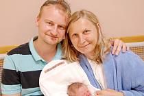 Mamince Šárce Hlouškové z Liberce se dne 16. července v liberecké porodnici narodil syn Adam. Měřil 48 cm a vážil 2,6 kg.