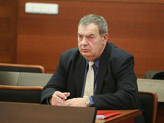 Josef Vondruška před libereckým soudem.
