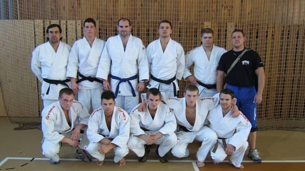 USPĚLI. Družstvo Judoclubu Liberec se v roli nováčka probojovalo mezi elitu extraligy.