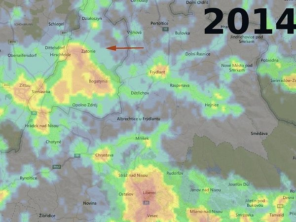 SNÍMKY ZPŘÍSTROJE VIIRS, který je umístěn na družici Suomi NPP. Družicové snímky vyjadřují intenzitu světla jdoucího vzhůru ze zemského povrchu. Světelné znečištění způsobené skleníky je na srovnávacích snímcích zroku 2014a 2015dobře patrné