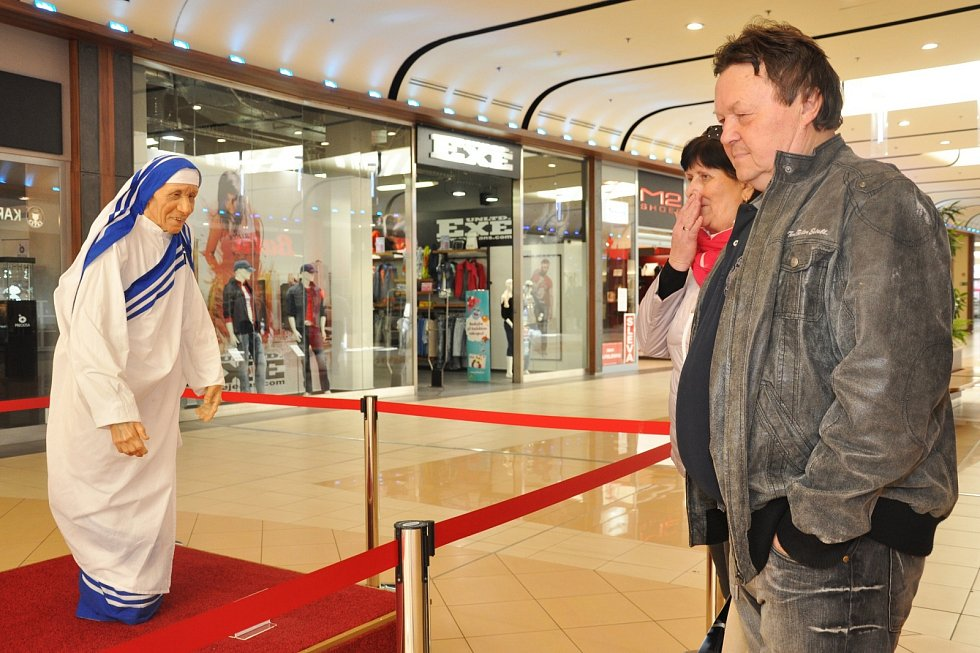 VÝSTAVA VOSKOVÝCH FIGURÍN v obchodním centru Nisa Liberec.