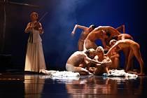 GAZDINA ROBA. Novinka libereckého baletu je adaptací dramatu Gabriely Preissové.