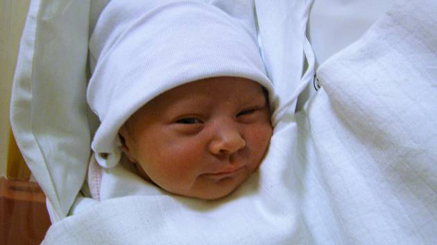 Tereza Šoltésová se narodila 25. března v liberecké porodnici mamince Beátě Šoltésové z Hodkovic nad Mohelkou.  Vážila 3,1 kg a měřila 47 cm.